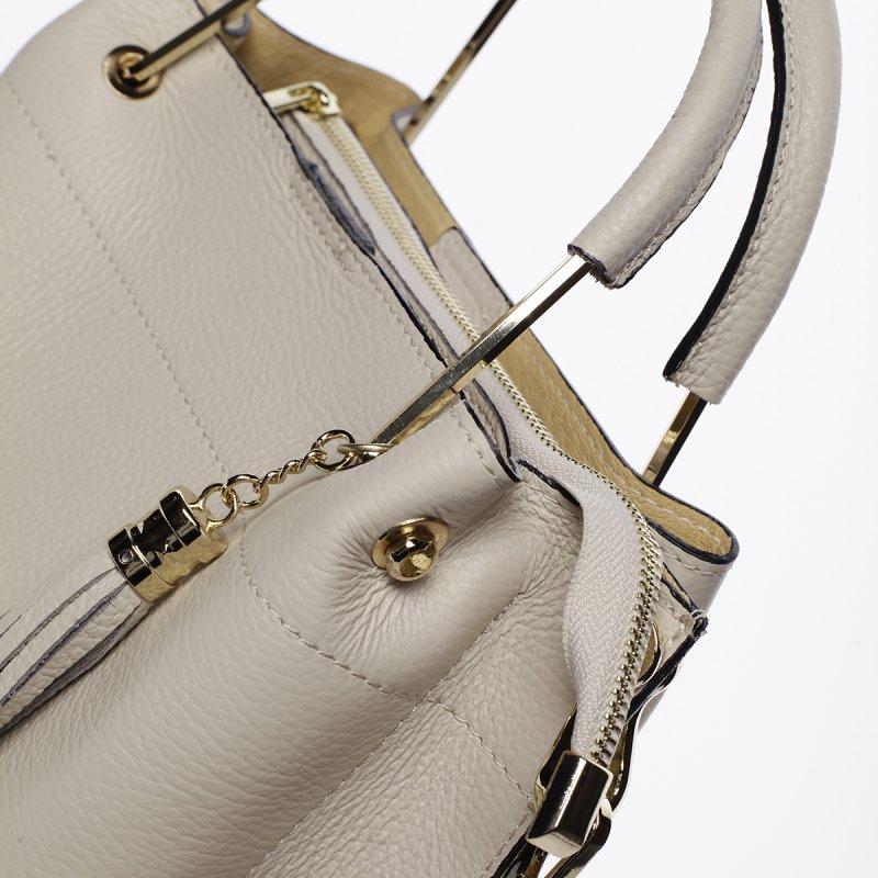 Nepřehlédnutelná dámská kožená kabelka Viola béžová