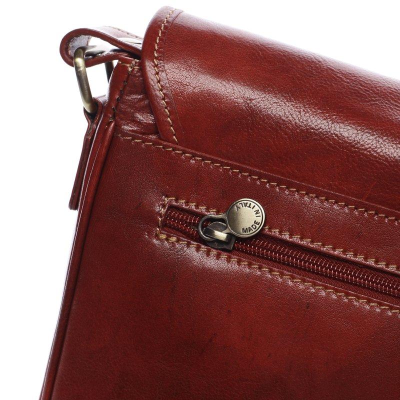 Větší stylová taška Alex tmavě červená