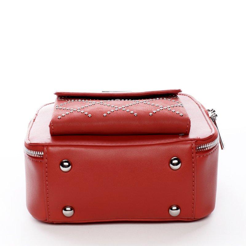 Menší stylová koženková kabelka City life červená