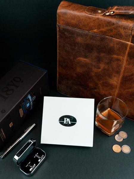 Pánská kožená peněženka na šířku Indy, černá