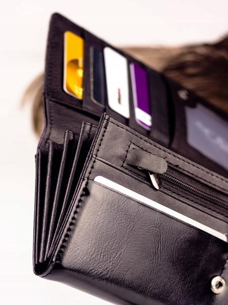 Luxusní lakovaná dámská peněženka Janae, černá