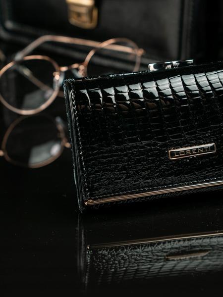 Lesklá kožená peněženka Gili, černá