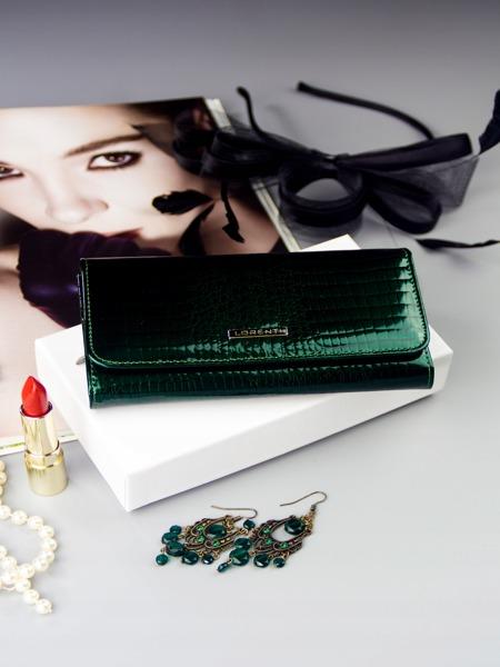 Větší lesklá kožená peněženka Jen, zelená