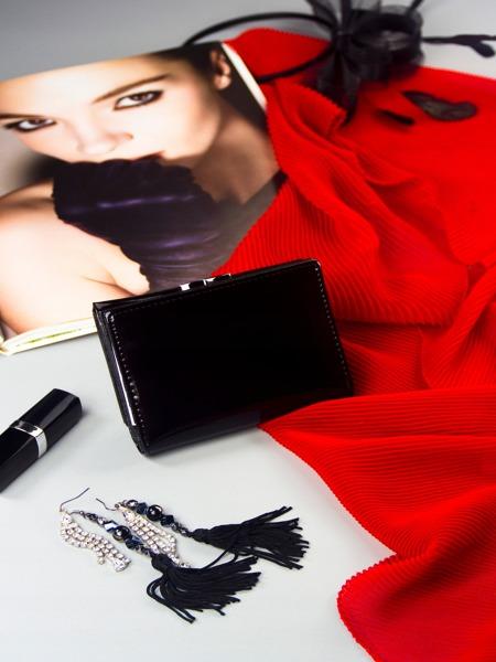 Exkluzivní lesklá kožená peněženka Lorenti, černá