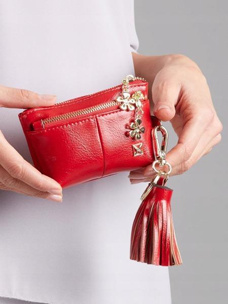 Malá moderní peněženka s přívěškem, červená