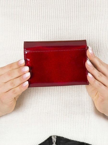 Malá elegantní kožená peněženka Quora, červená