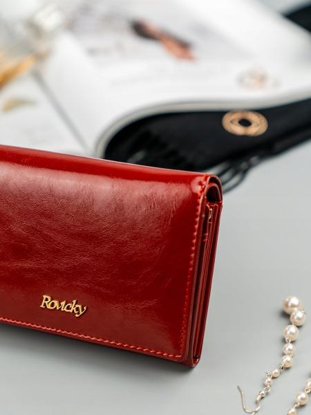 Malá dámská peněženka z hladké přírodní kůže, červená