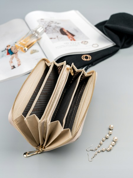 Lesklá dámská peněženka z kůže Cara, béžová