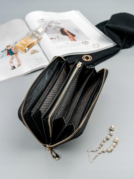 Kožená peněženka z jemné kůže Pam, černá
