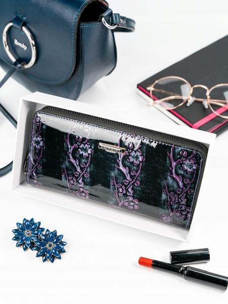 Kožená lakovaná peněženka na zip Lassy, fialová