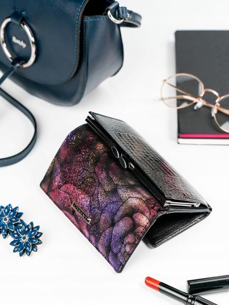 Třpytivá květovaná dámská kožená peněženka Lil, fialová