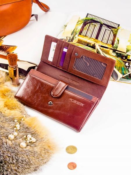 Hnědá peněženka z kůže se vzory lístků Shakira