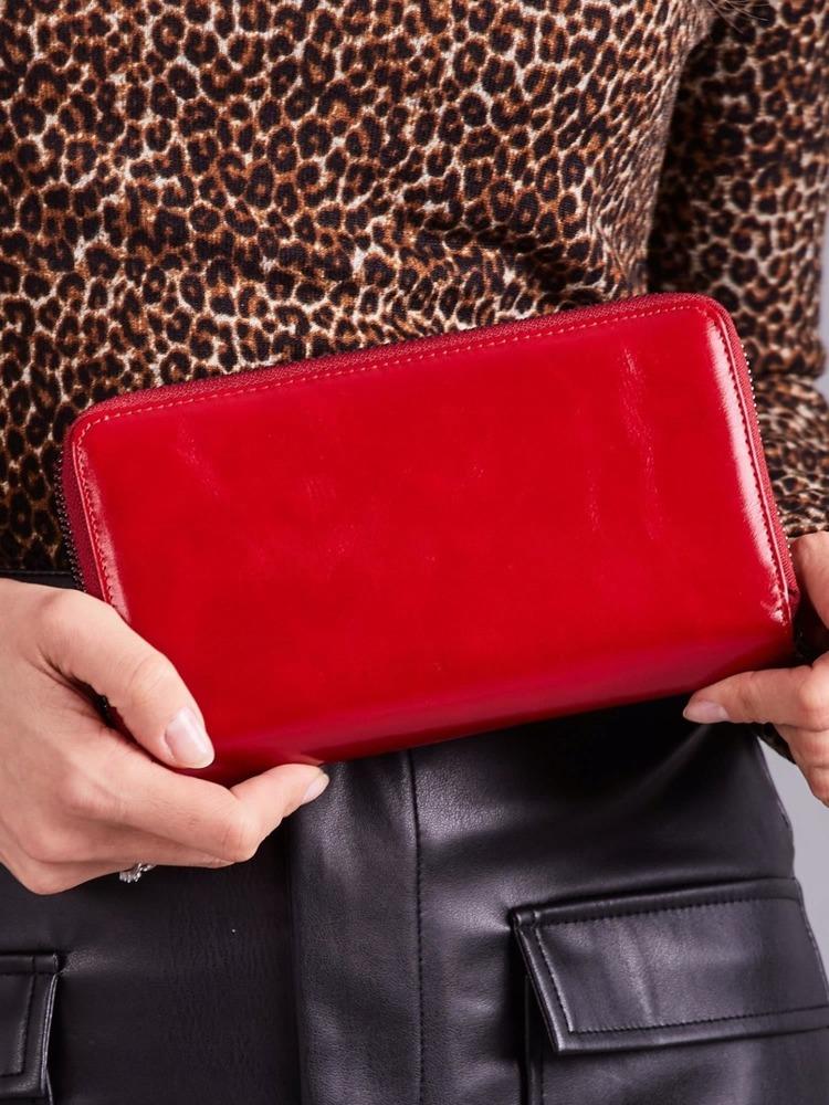 Moderní kožená dámská peněženka na zip Karah, červená