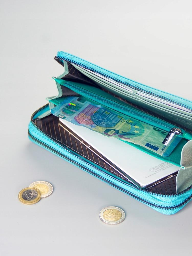Moderní kožená dámská peněženka na zip Karah, tyrkysová