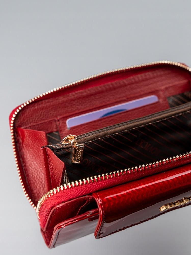 Lesklá dámská peněženka z přírodní kůže Caira, červená