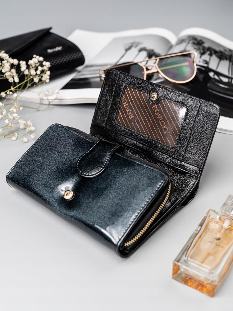 Elegantní dámská kožená peněženka, černá