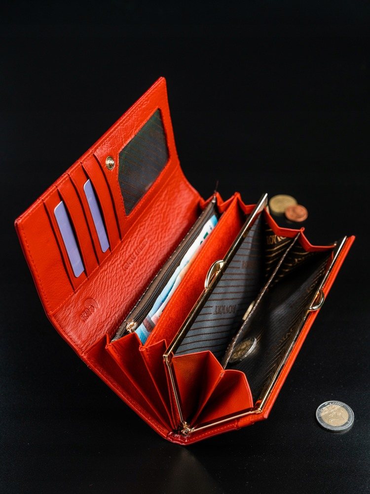 Dámská jemná peněženka z kůže Rafaela červená