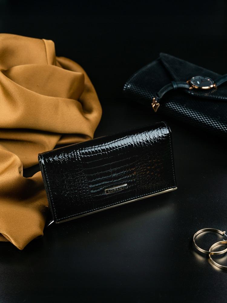 Luxusní lesklá kožená peněženka Lila, černá
