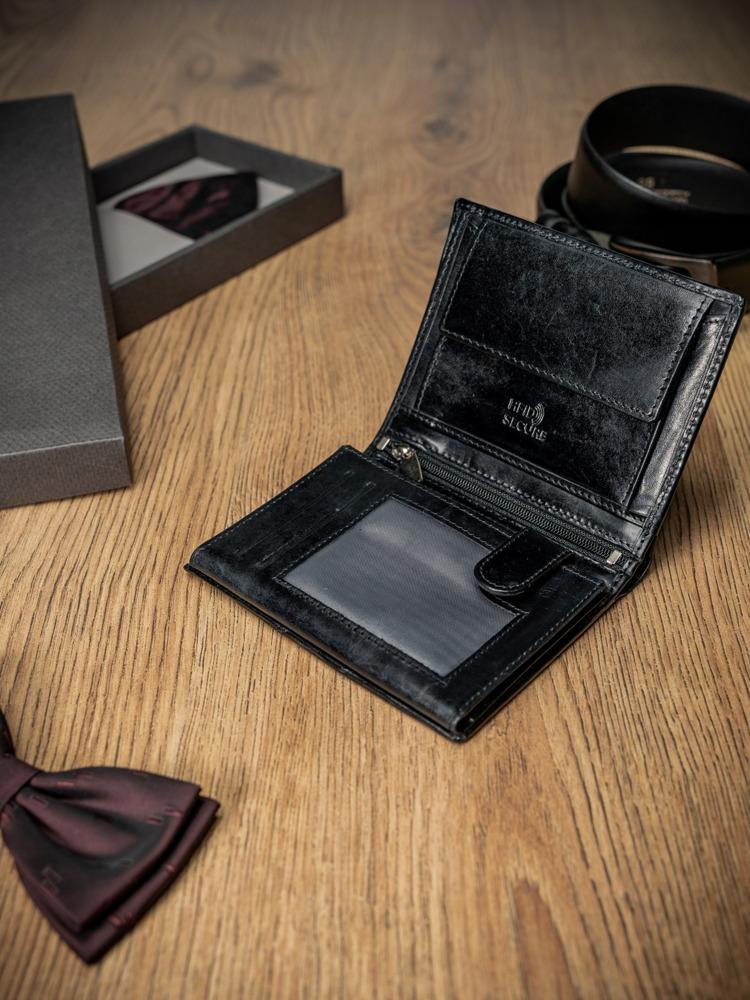Černá prošívaná kožená pánská peněženka Patrick