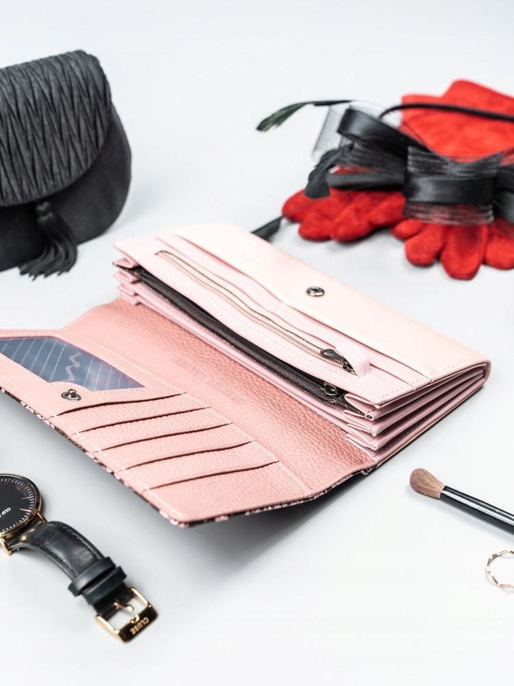 Kožená penženka se vzorem hadí kůže Barbora, růžová