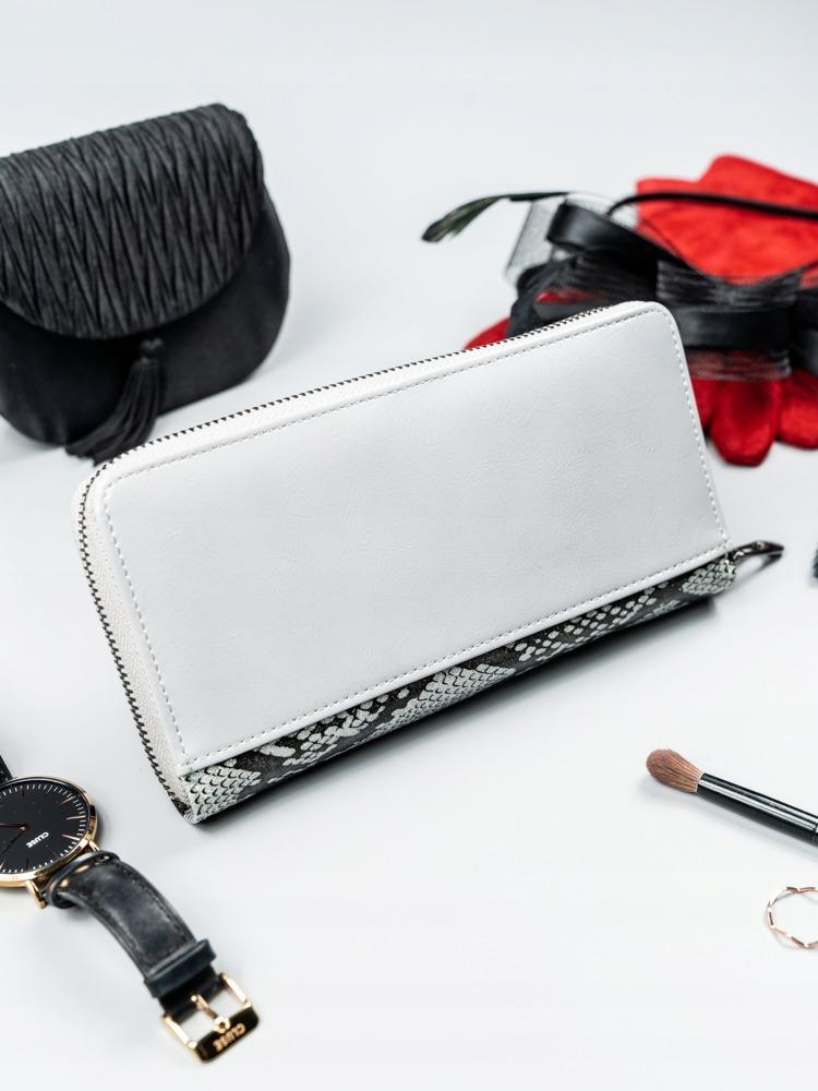 Kožená peněženka na zip se vzorem hadí kůže Rosalind, stříbrná