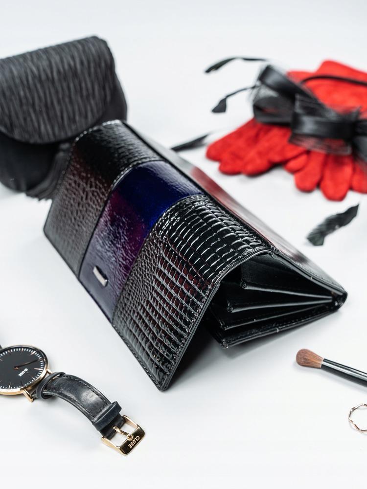 Kožená lakovaná peněženka Shirley, tmavě modrá