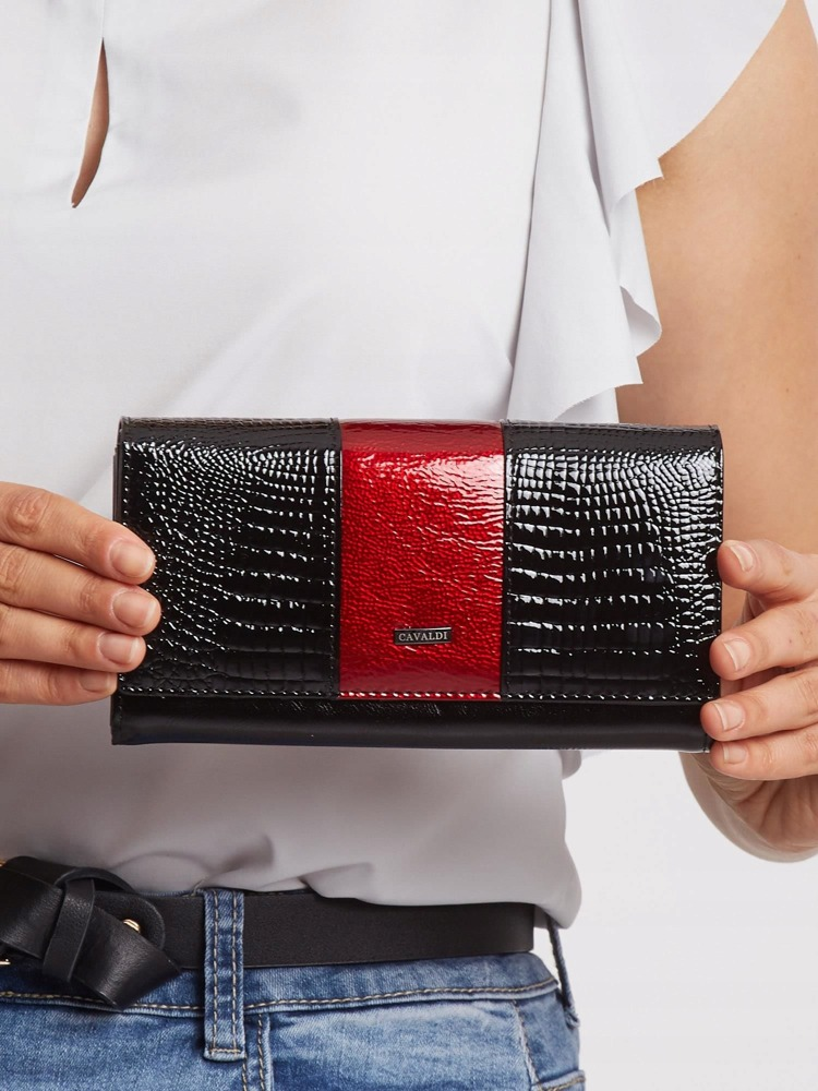Zajímavá kožená lakovaná peněženka Tina, černo-tmavě červená