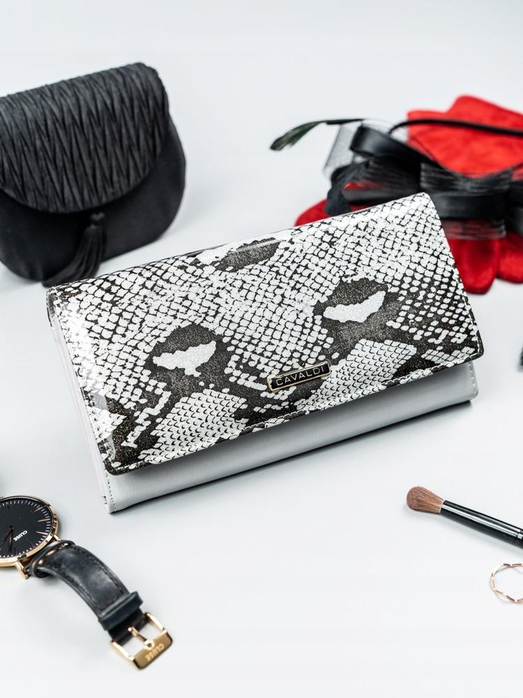 Luxusní kožená lakovaná peněženka Luisa, stříbrná