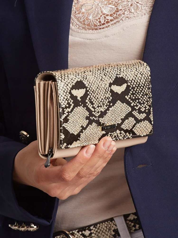 Luxusní kožená lakovaná peněženka Luisa, zlatá