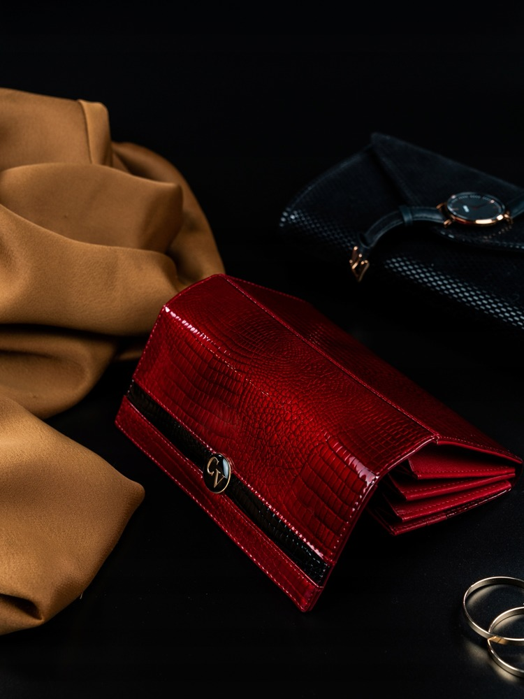 Výstřední kožená dámská peněženka Glea, červená