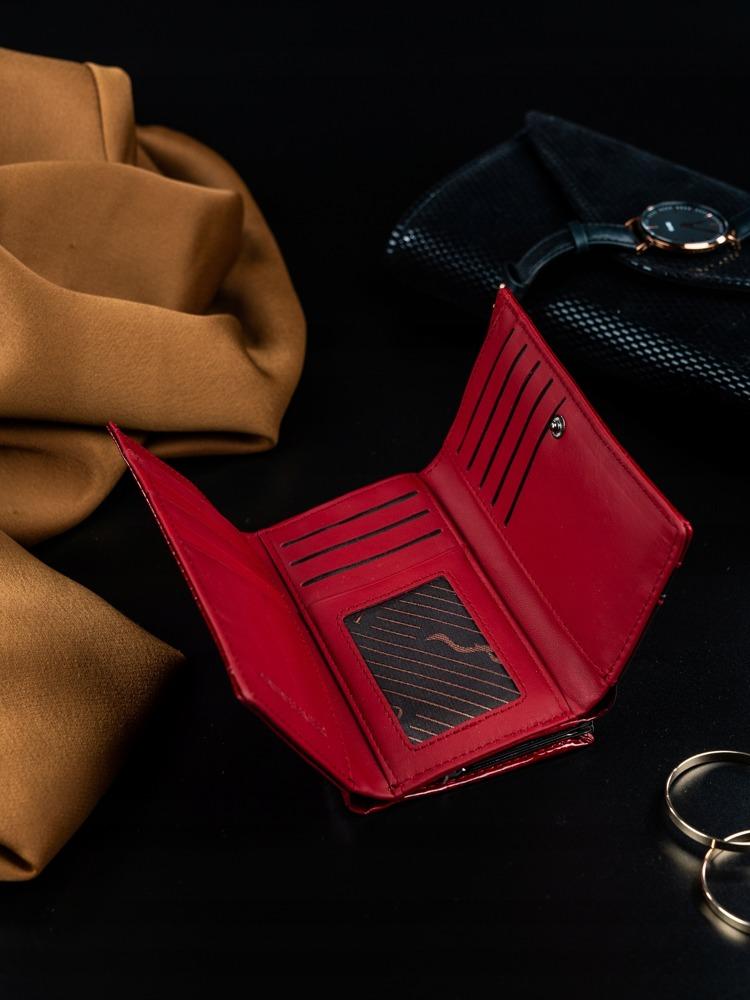 Lakovaná kožená peněženka s pevným zavíráním na mince, červená