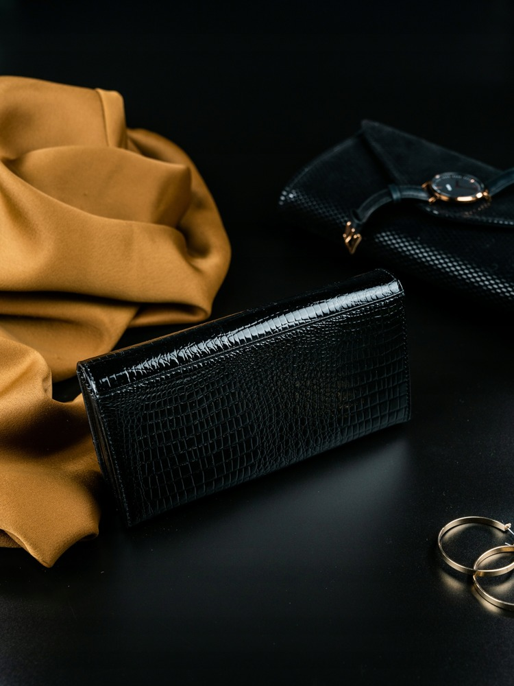 Vyjímečná dámská peněženka z kůže Evangelin, černo-modrá