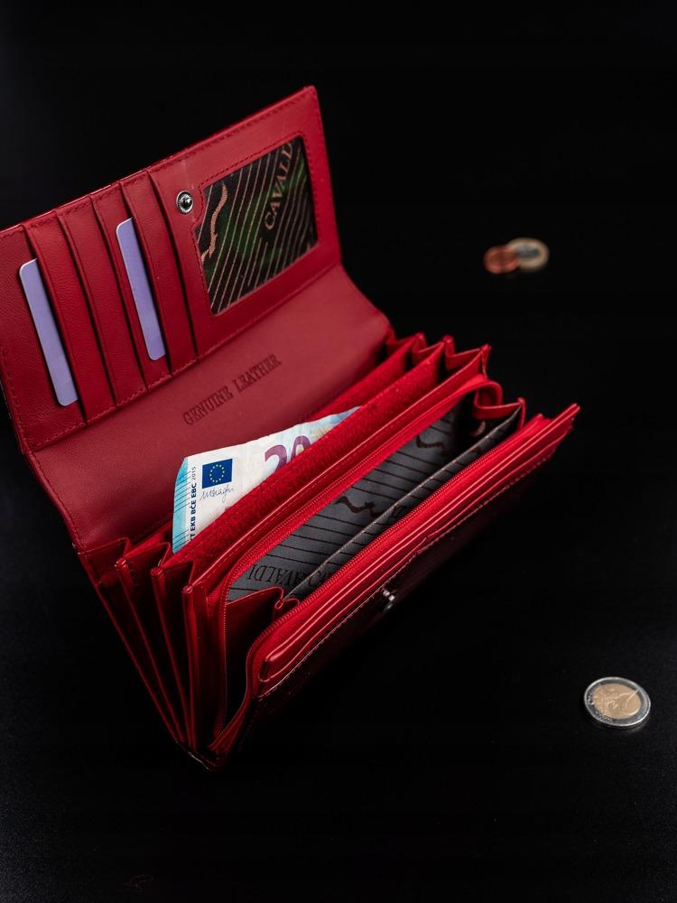 Extravagantní kožená lakovaná peněženka Evelyn, červená
