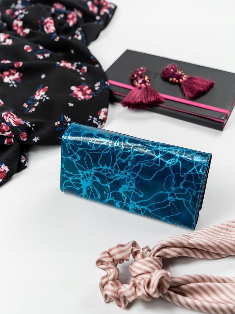Zajímavá kožená peněženka s klopou, modrá