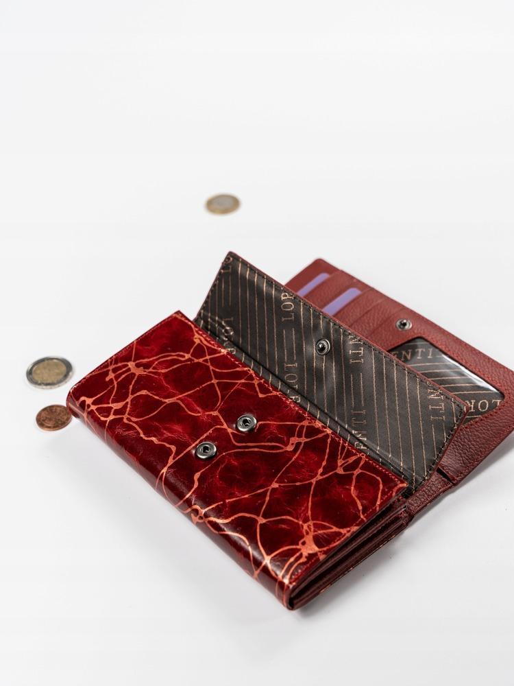 Zajímavá kožená peněženka s klopou, červená