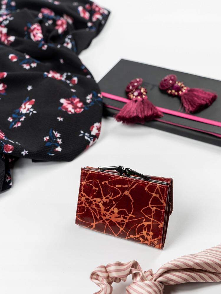 Malinká červená kožená peněženka Tona