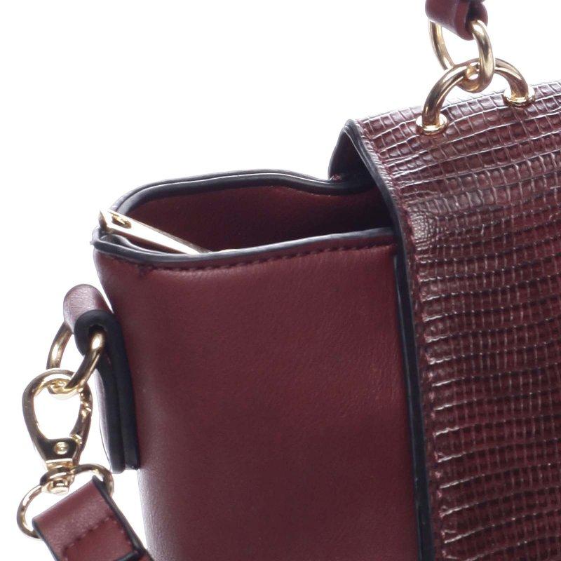 Zajímavá dámská koženková kabelka s klopou Erasmo vínová
