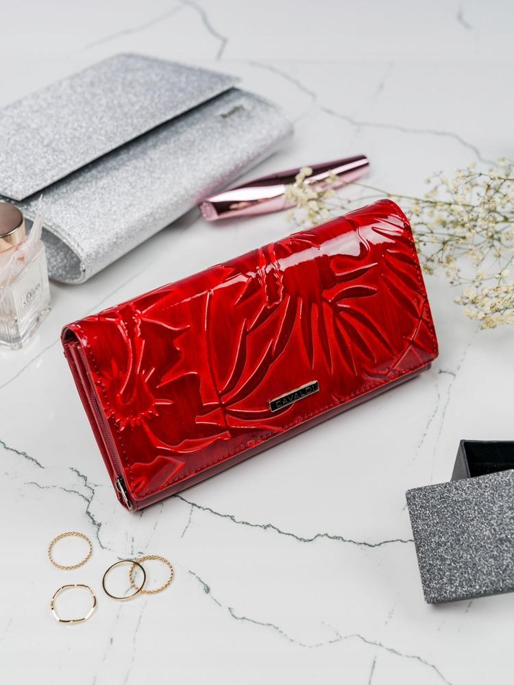 Červená peněženka z kůže se vzory lístků Shakira