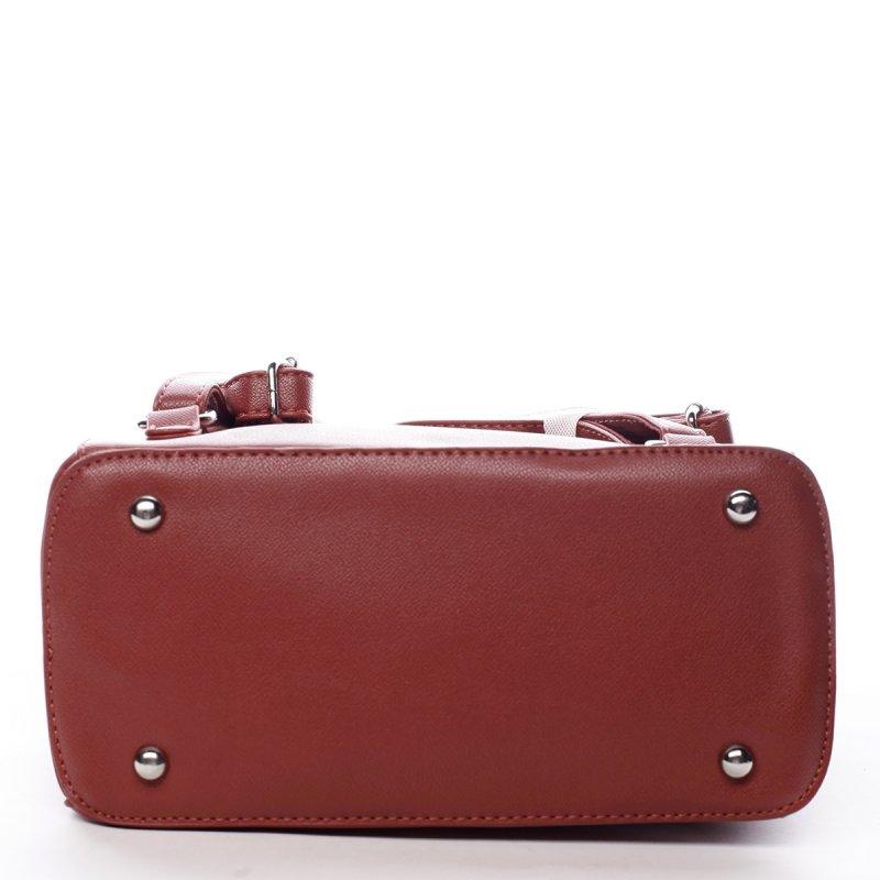Nepřehlédnutelný dámský koženkový batoh Pol červená