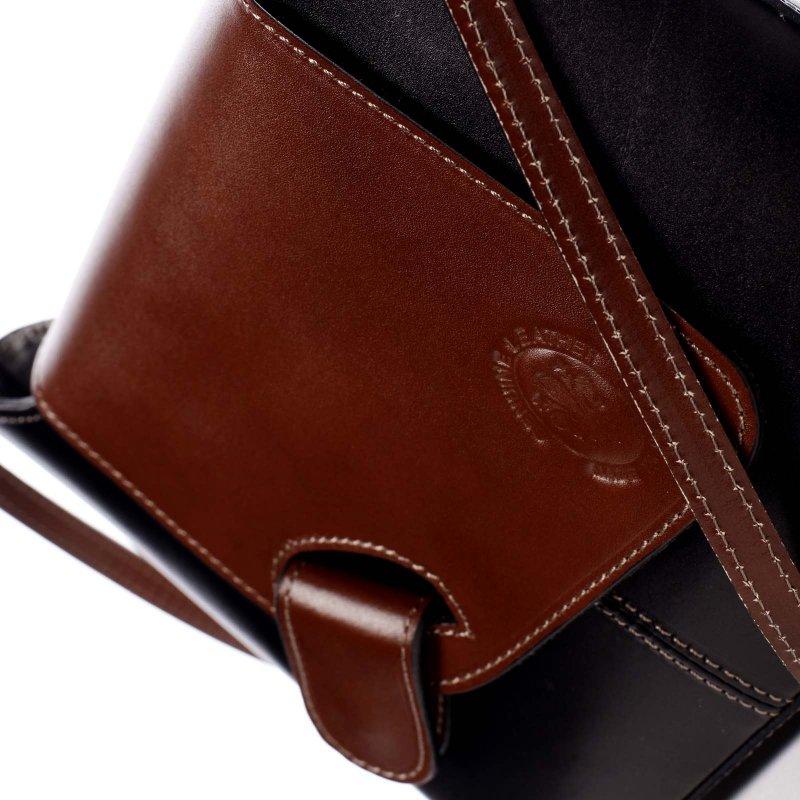 Dámská kožená kabelka s barevnou klopou Caitlin černá/hnědá