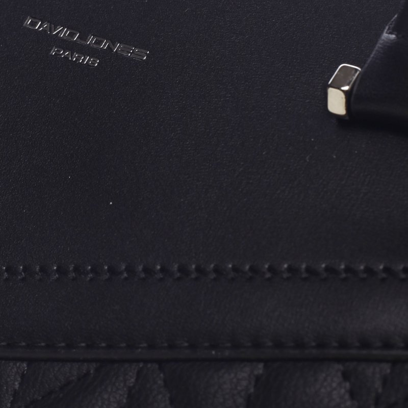Pevná krásná dámská koženková kabelka Claire černá