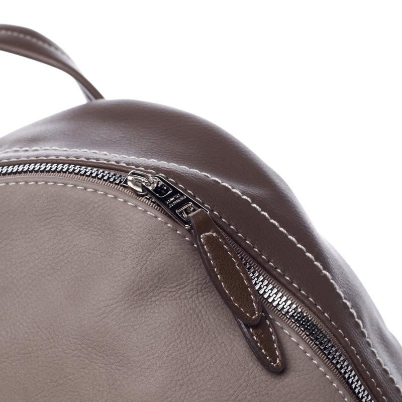 Prostorný městský dámský batoh Justine zemitá