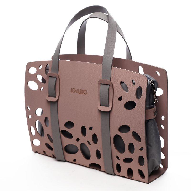 Nepřehlédnutelná italská dámská kabelka Mia  IOAMO