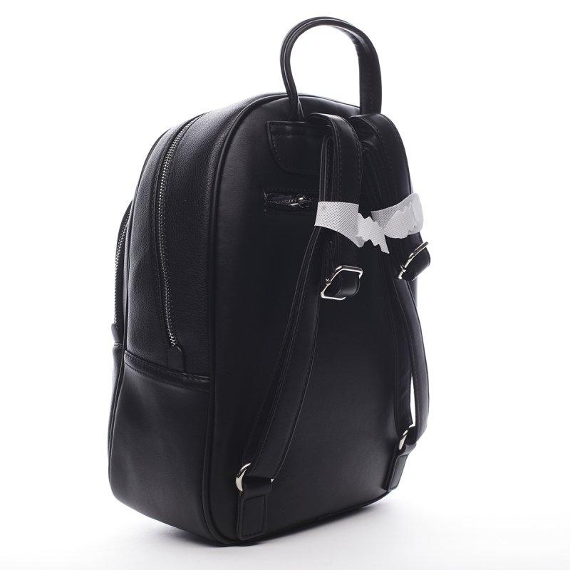 Praktický dámská koženkový batůžek Valentin černá