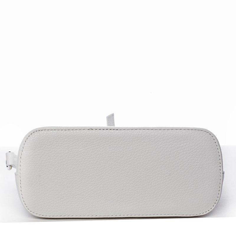 Basic kožená crossbody kabelka Carlota, bílá