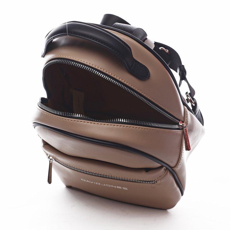 Menší sportovní koženkový batůžek Humbert tmavě béžová