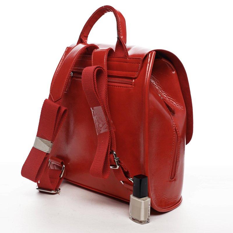 Městský dámský koženkový batoh Spring light, červený