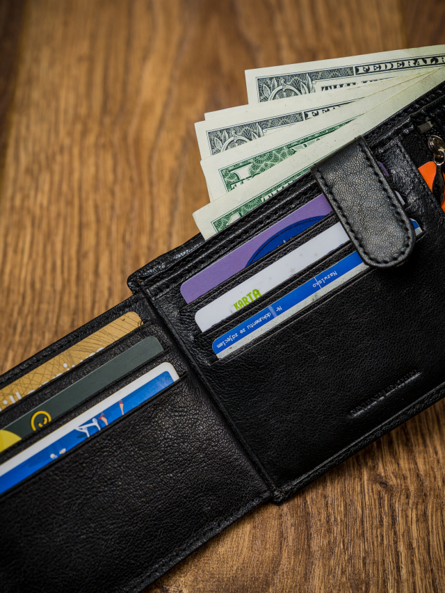 Elegantní pánská kožená peněženka Peter, černá