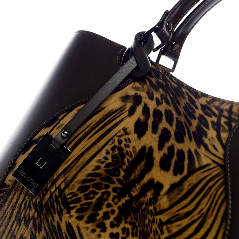 Nepřehlédnutelná dámská kožená kabelka se zvířecím motivem Emily tmavě hnědá