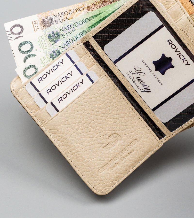 Praktická dámská peněženka Lorenzo se zápinkou, zlatá